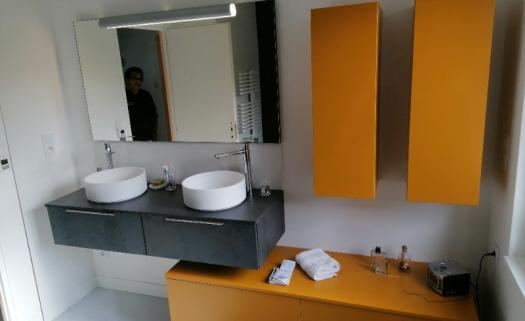 Réalisation complète d'une salle de douche contemporaine